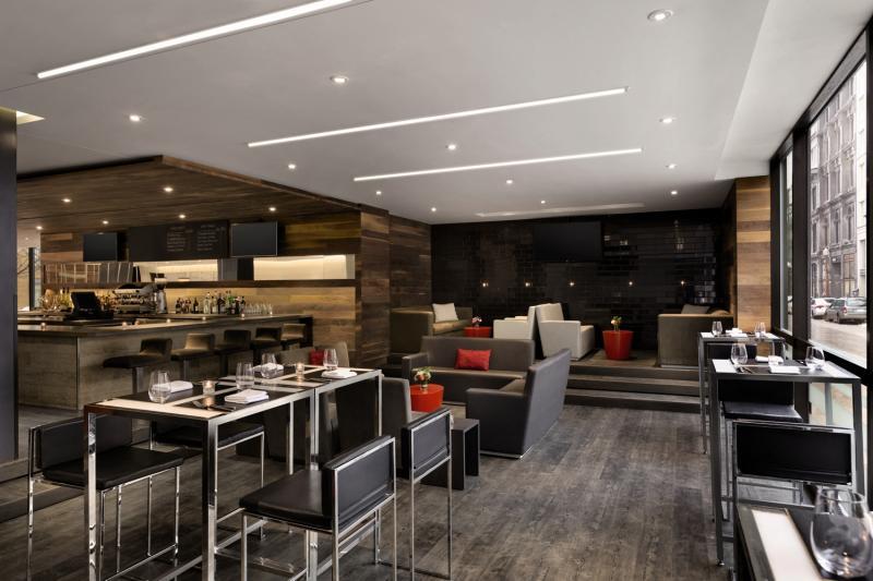 Hotel PUR Quebec, a Tribute Portfolio Hotel Bar