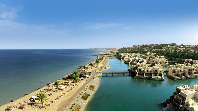 The Cove Rotana Resort Strand