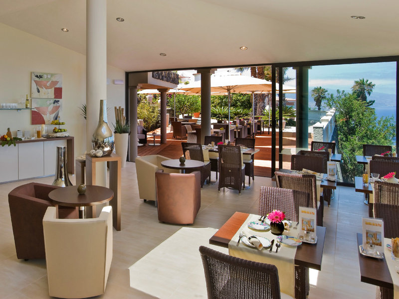Jardin de La Paz Restaurant