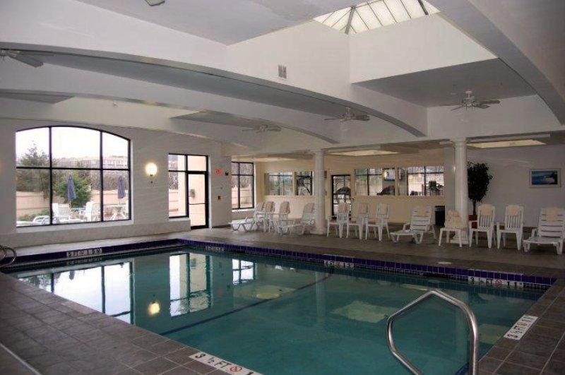 Holiday Inn Boston-Dedham Hotel & Conference Center Hallenbad
