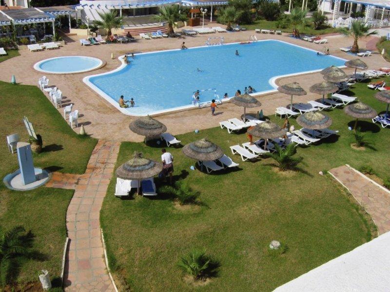 Cyclamens Hotel Mechmoum Pool
