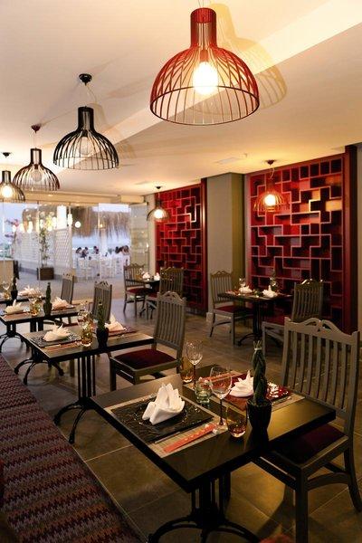 Paloma Oceana Restaurant