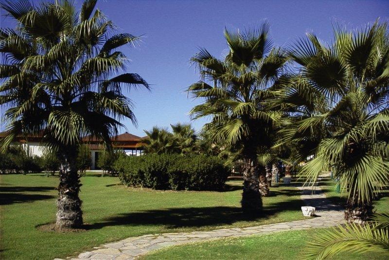 Paloma Paradise Beach Garten