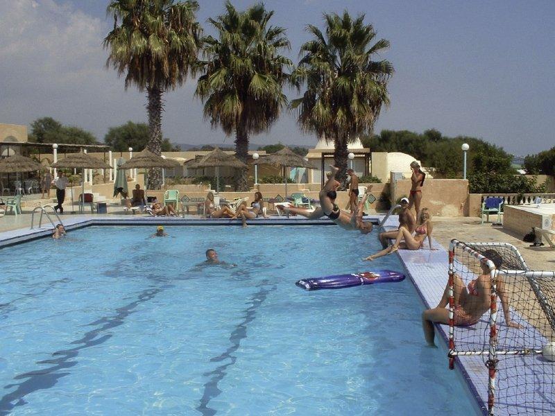 La Playa Hotel Club - Erwachsenenhotel Pool