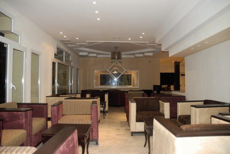 La Couronne Lounge/Empfang