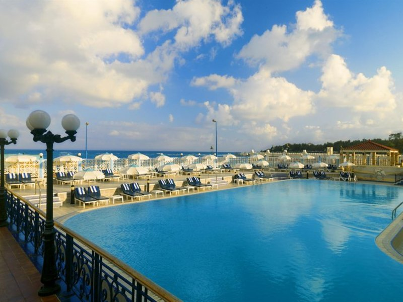 Sheraton Montazah Pool