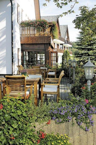 Waldhotel Kreuztanne Terrasse