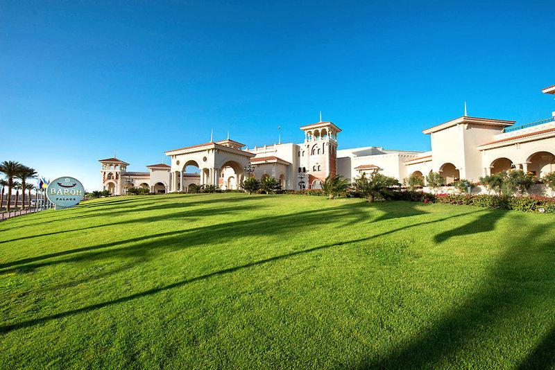 Baron Palace Resort Außenaufnahme