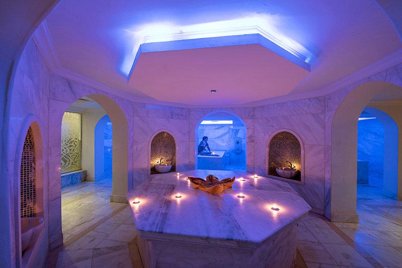 Baron Palace Resort Wellness